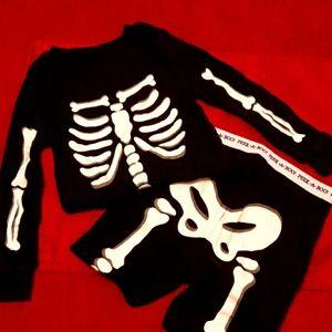 Sleepwear Rattle Your Bones Set